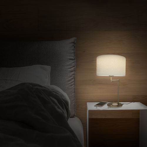 Picture of Macally LED lamp with wireless charging and USB Port